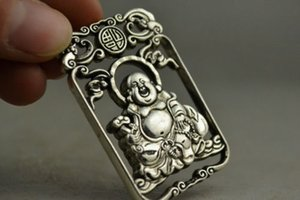 China Collectible Handwork Old miao argento intaglio pendente Buddha Maitreya