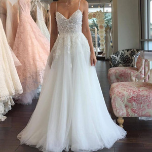 2018 New Design A-line Wedding Dresses Lace Appliques Sexy Spaghetti Straps Beads Backless Wedding Bridal Gowns Custom Made