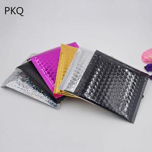 100 unids 15 * 13 cm Negro Brillante a prueba de Choques Mensajero Bubble mailer Oro Papel de Aluminio Burbuja Mailing Mailer Envío Pad Impermeable
