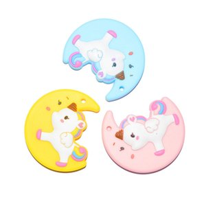 Cute Silicone Moon Design Teethers con Colorful Unicorn Baby Dentición Toys Safe Silicone Moon Unicornio Colgante Mordedor Cuentas masticables