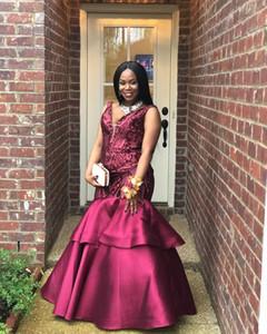 2018 Prom Dresses Scollo a V senza maniche Sirena Paillettes Prom Abiti da sera Sparkly Satin Ruffles Black Girls Prom Gowns