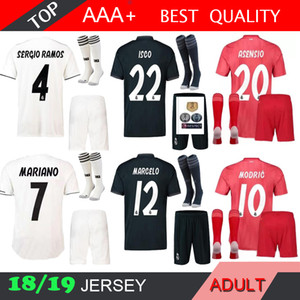 Real Madrid 18 19 hommes kroos soccer jersey troisième kit adulte chaussette rouge RONALDO ASENSIO BALE RAMOS Benzemá 2018 2019 maillots de football