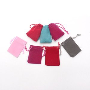 Christmas Wedding Gift Candy Bag Wholesale 300pcs lot 5*7cm Velvet Bag Fashion Jewelry Packaging Drawstring Pouches