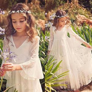 Dentelle blanche princesse robes de communion pour les filles pure manches longues robe de demoiselle d'honneur mariée petite fille Boho pour la robe de mariage plage Pageant