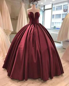 Semplice vino rosso economici Quinceanera Prom Dresses Ball Gowns Corsetto Indietro Sweetheart Satin Ruffed Sweet 15 16 Abiti da cerimonia