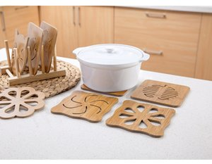 Wooden Thick Cartoon Kitchen Tableware Anti-scalding Insulation Hollow Wooden Table Bar Counter Stove Anti-skid Pot Mat