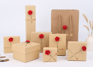 [Simple Seven] Boîte à bijoux avec anneau de style Muji, Étui à collier tendance, Jolie boîte à bijoux pour pendentif, Présentoir de montre Festival Fleurs rouges