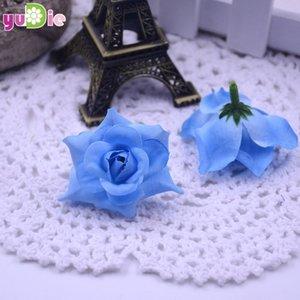Il nuovo disegno 200pcs Roses seta artificiale testa della Rosa Wedding Decoration gioielli fai Spilla Copricapo vero tocco artificiali Fiori Rose