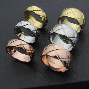 Marca de moda 316L Titanio Acero ancho y pequeño pareja a cuadros anillo 18k Gold Ring Personalidad Regalo