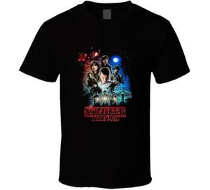 Época de televisão mais estranha do clássico de 80s do horror de Sci Fi das coisas Camisetas