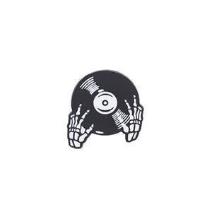 Spilla DJ Disc spilla amante della musica Spilla smalto in metallo pesante Spille da DJ Spilla distintivo spilla cranio gotico per zaino da cappotto