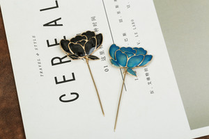 Vintage Alloy Lady Boutique Accessories Metal Corsage British Style Plug-in Pin Brooches Broche for Female Man Wholesale Drop Shipping