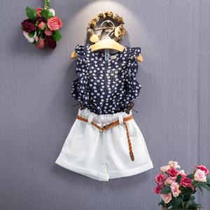 2018 Niñas trajes de verano sin mangas con estampado floral camiseta + pantalones cortos blancos 3pc set conjunto de ropa de niña conjunto de outwear niños con cinturón boutique
