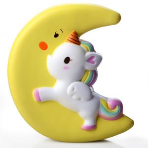 Jumbo Moon Unicorn Flying Horse 19CM Lento aumento giocattolo squishy Anti-strss Scherzi pratici Kids Squeeze Squishies Decorazioni del telefono