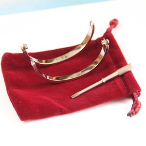 Las pulseras de acero Titanium del amor para las mujeres el oro / plata / oro destornillador brazaletes hombres encanto de la joyería pulsera tornillo Pareja con bolsa original