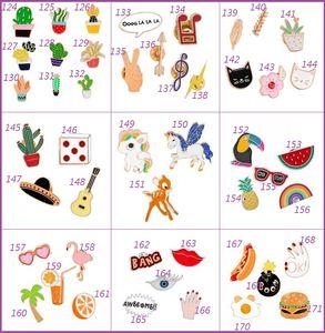 200 Stil Emaye Renkli Yaka Iğneler Broşlar Sırt Çantası Gömlek Yaka Dekor Rozetleri Kot Broşlar Kuş Çiçek Ağacı Meyve Kaktüs Unicorn