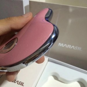 Marasil Professional Fashion Lady Microcurrent Scraping Electric Device Beauty apparatus