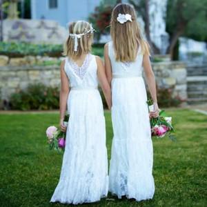 Boho dentelle fleurs filles Robes Campagnard V cou Sash Mariages Juniors demoiselles d'honneur robe pas cher longue robe d'anniversaire d'enfants Beach Wear