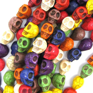 40pcs / lot 1 Chaîne 10 mm Couleurs mélangées naturelles Pierre Perles Turquoise CRÂNE Perles de bricolage pour la fabrication de bijoux