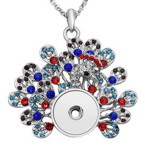 18MM Snap Buttons Colliers Rhinestone Metal Peacock écarte ses pendentifs de forme de plume de queue avec 60cm de long chaîne bijoux