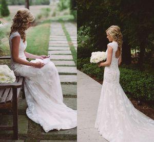 2019 neue böhmische Mermaid Brautkleider für die Braut mit V-Ausschnitt Appliques Open Back Sweep Zug Boho Beach Land Brautkleider Customized