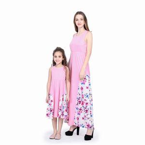 2018 Bahar Yaz Yeni Katı Renk Ekleme Çiçek Baskı Kolsuz Uzun Elbise Anne Kızı Eşleştirme Elbiseler Aile Eşleştirme Kıyafetler M048