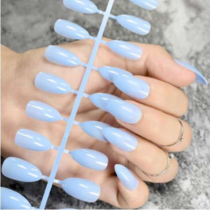 Baby Blue Stiletto False Nails Jelly Blue Oval Sharp end Fake Nails Tips Pointed Head Full Artificial Nails for Lady Daily