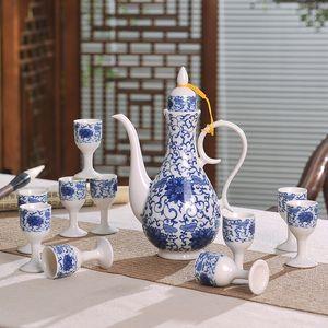 11 Unids / lote Jingdezhen Azul y Blanco Porcelana Vintage Wine Ware Set Drinkware Licor Taza Sake Pot Kettle Teacup Copa Caja de regalo