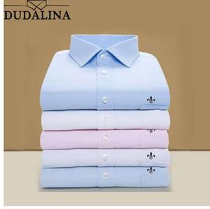 DUDALINA 2018 Männer Hemd Plus Größe Tasche Langärmelige Klassische Herrenhemden Formale Business Hemd Mann Stickerei Logo S-9XL