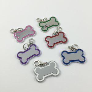 30 adet / grup Yaratıcı sevimli Paslanmaz Çelik Kemik Şekilli DIY Köpek Kolye Kart Etiketleri Için Kişiselleştirilmiş Yaka Pet Aksesuarları