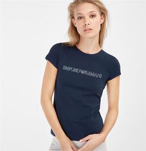 Poliéster corto femenino camiseta de manga corta con cuello redondo mm-tt camiseta de manga corta camiseta negra y americana de las mujeres de la moda de verano de las mujeres.