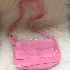 pink~ pink ~luxury pink~ pink ~luxury C symbol flannel shoulder bag VIP Gift cute plush body cross bag VIP gift makeup storage bag