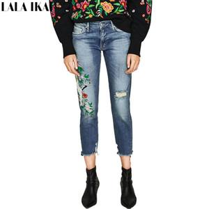 LALA Ikai Namorado Denim Calças Mulheres Distress Destruído Jeans fêmeas tornozelo comprimento Buraco Bordado Calças Ladies KWA0572-45