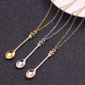Nuova collana di ciondolo a forma di mini cucchiaino da tè Collana in argento con ciondolo di colore in oro rosa con accessori per gioielli con catena a maglia unica
