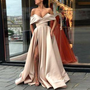 Новое Дешевый Сплит Шампань Пром платье 2020 с плечом атласа длиной до пола Белого Розового Румяна Простых вечерних платья партии