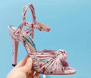 Verano Stiletto Sandalias de tacón alto Criss Cross Correas Bowtie Partido Femenino Floral Sandalias Zapatos Vestido de dama Bombas Zapatos Mujers