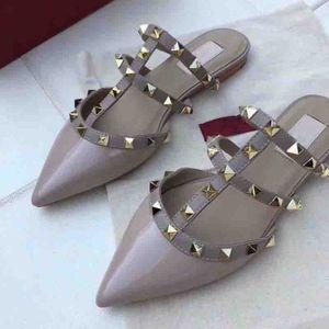 mujeres zapatos de tacón alto sandalias de lujo holgazán verano Zapatos de cuero genuino zapatos de remache plano de alta calidad marcas zapatillas 2018 diseñador