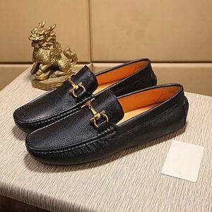 Brand Design de couro de vaca homens vestido sapato Deslizamento-On terno formal escritório de negócio Sapato Raso Doug Driving sapato formal do casamento Horsebit Loafer, 38-44