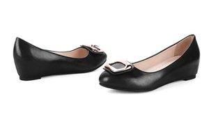 Envío gratis Hot Women's Middle heel Coreano cuatro temporadas Shallow mouth código pequeño 31 32 33 Slope heel Single shoes