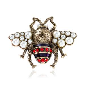 OL Fashion Women Jewelry Chapado en oro Rhinestone Pearl Bee Anillo para las niñas Mujeres para el anillo de fiesta Niza Regalo
