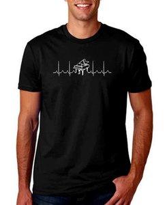 Batimento cardíaco Piano Black Men T Shirt Música Teclado Grandes Teclas Notas Ritmo Manga Curta Design Engraçado Top Tee Homens Mais Lastest