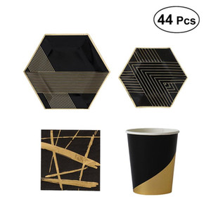 44 stücke Einweg Geschirr Set Geschirr Kit Schwarz Vergoldung Dekorationen Pack mit Teller Tassen Servietten für Geburtstag Thema Party