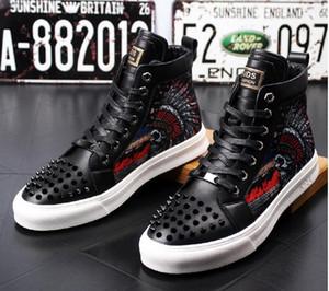 Los hombres de moda de alta calidad rematan el remache de estilo británico zapatos de los hombres zapatos de lujo causales zapatos de goma inferior negro rojo para hombre AXX705
