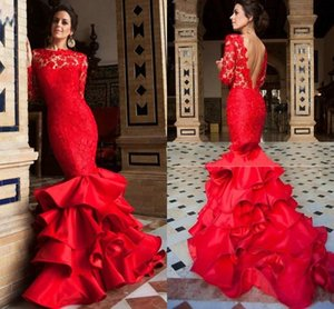 Alta Neck Satin Lace Scalloped Borda V Voltar Red Mermaid Vestidos Ruffled Skirt Prom vestido com mangas compridas