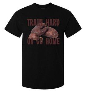 Zor tren ya da eve gitmek boks eldivenleri erkek (kadının müsait) t shirt siyah top