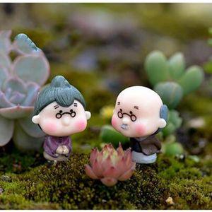 2 adet Sevimli Mini Figürinler Minyatür Eski Büyükanne Büyükbaba Reçine El Sanatları Süs Peri Bahçe Ev Dekorasyon Yeni
