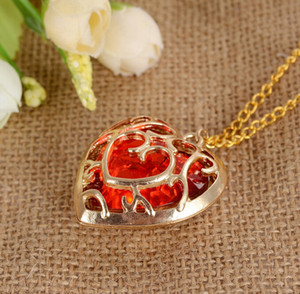 Pretty Heart Pendant Necklace Anime For Game The Legend of Zelda Necklace Metal Long Chain Sweater Necklace