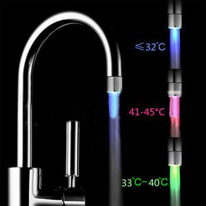 LED Water Faucet Temperature Control Tre colori Lights e Stream Light 7 Colors Cambiare Glow Shower beccuccio di sicurezza ambientale