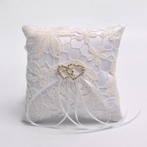 Ceremonia de boda portador almohada Nueva cinta de la perla del cordón del satén anillo de decoración de la venta caliente Doble Núcleo blanca conveniente dd 10 4SC
