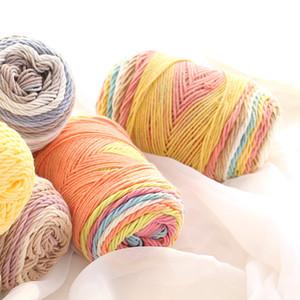 Fine Quality 100 g / palla Space Dye Rainbow Color Cotton Blended Yarn Bella mano morbida per maglieria filo per coperta cuscino sciarpa